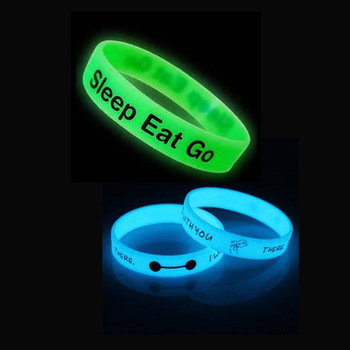 100 High Quality Heart Glow In The Dark Silicone Bracelet Religious Neon Rubber Wristband