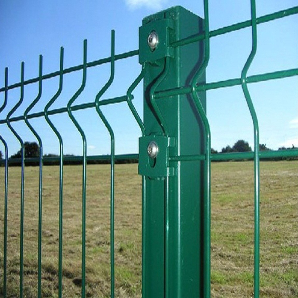 China Wholsel Painted Green And Galvanized T Posts With
