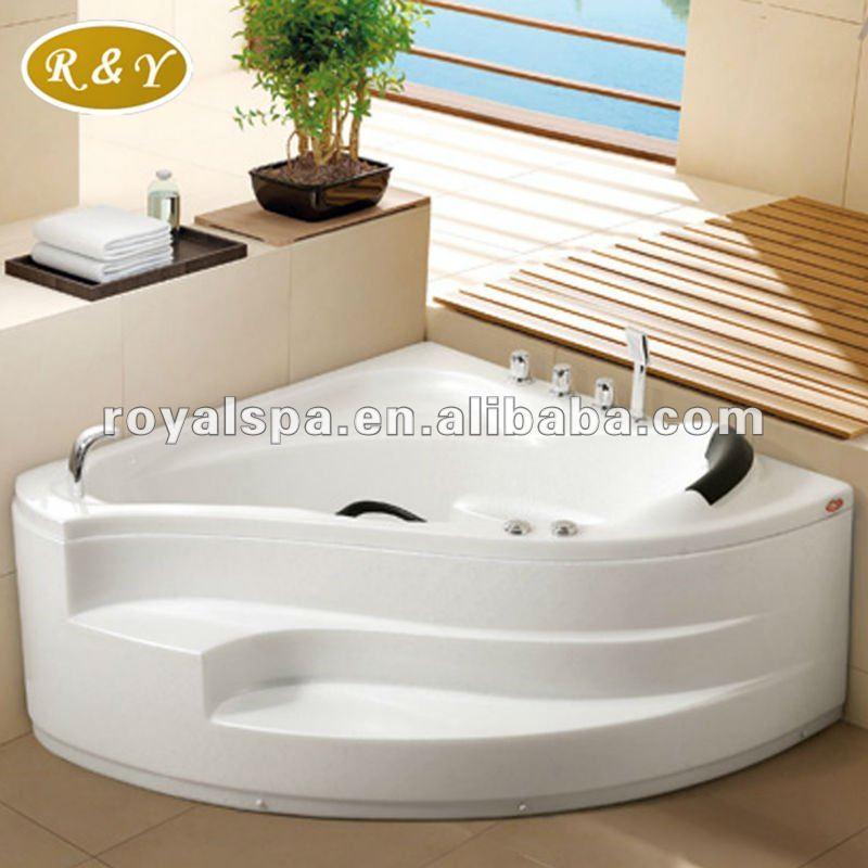 Triangular Massage Bathtub, Triangular Massage Bathtub Suppliers and ...