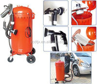 Vacuum sand blaster/dustless portable sand blasting machine