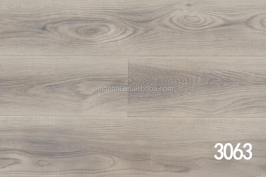 Trafficmaster Laminate Hdf 12mm Ac3 Synchronized Wooden Flooring