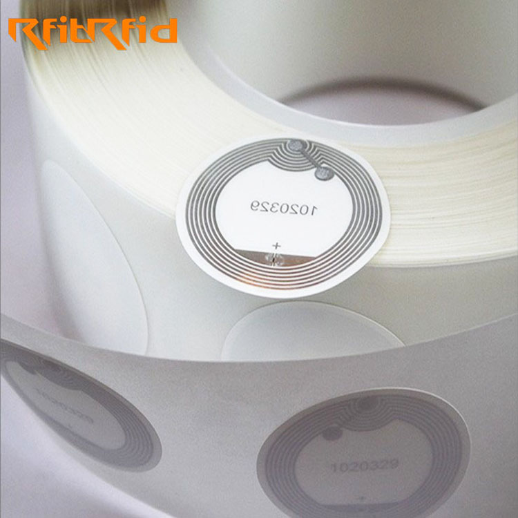 RFID cheap 13.56MHZ NFC tag dry and wet inlay passive rfid tag adhesive sticker ISO 15693 ISO14443A