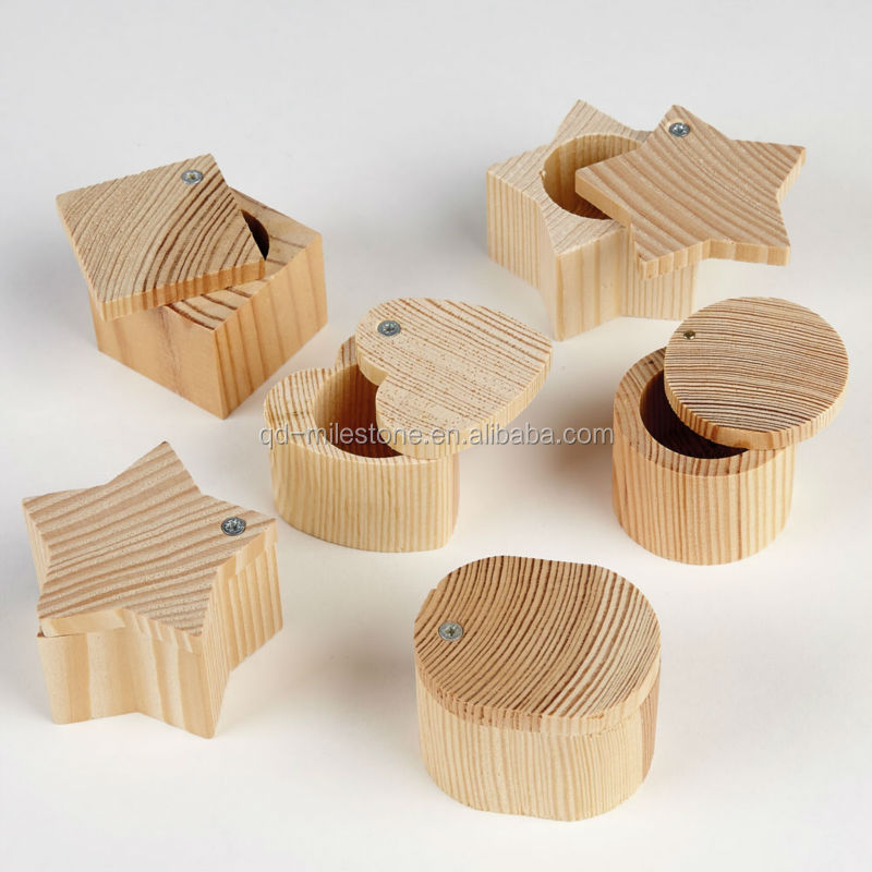 Tiny Christmas Wood Crafts