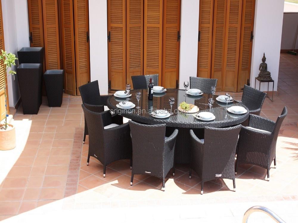 8 places pratique balcon toit restaurant ovale rotin table for Table de salle a manger 8 places
