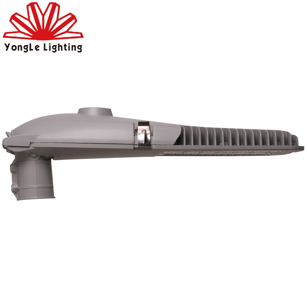 China manufacturer hot sale ip65 waterproof outdoor 140w led street light luminaries