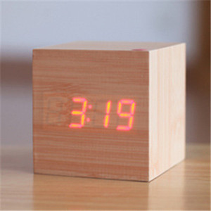 USB power voice controlled low price MDF wooden desktop LED digital cube alarm clock