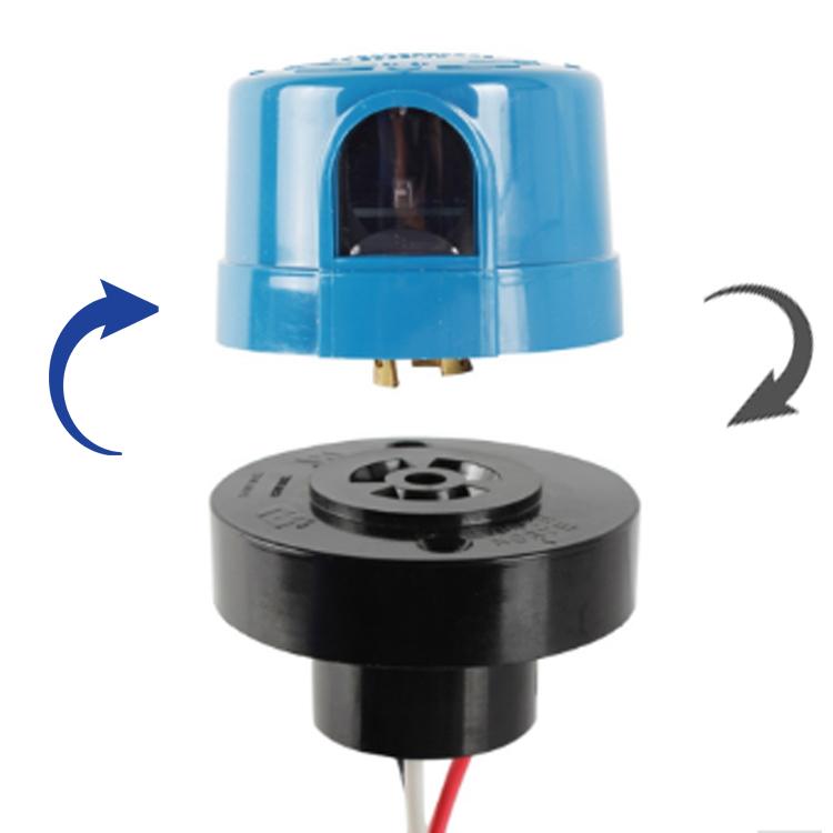 Sun-Tech Outdoor Twist Lock Photo Control 105-130V 50-60HZ Dusk to Dawn
