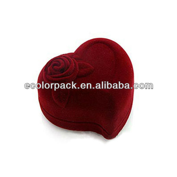 Heart shape velvet ring box with different color