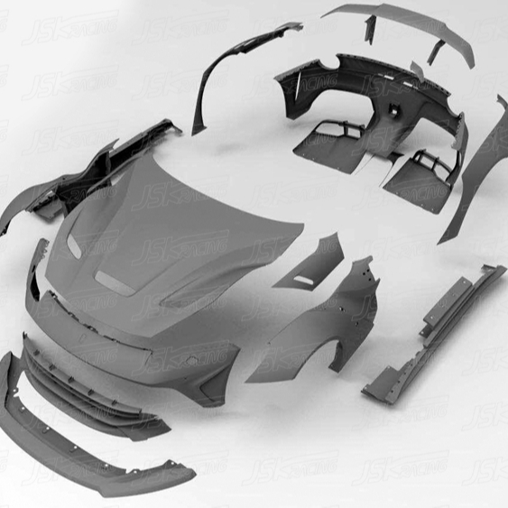DUKE DYNAMICS STYLE MEZZA IN FIBRA di CARBONIO KIT WIDE BODY PER LA FERRARI F12 BERLINETTA