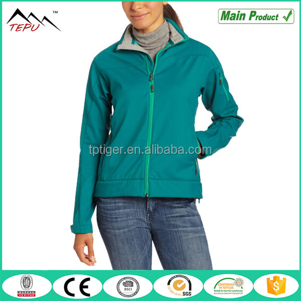 2017 Casual Outdoor Camping Womens Travel Jacket Softshell Wear