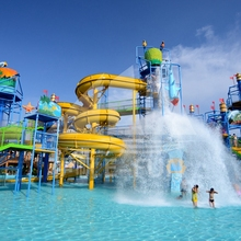 China Guangxi 30,000 Glasvezel Waterglijbaan/<span class=keywords><strong>Golfslagbad</strong></span>/Familie Water Speeltuin Water Park