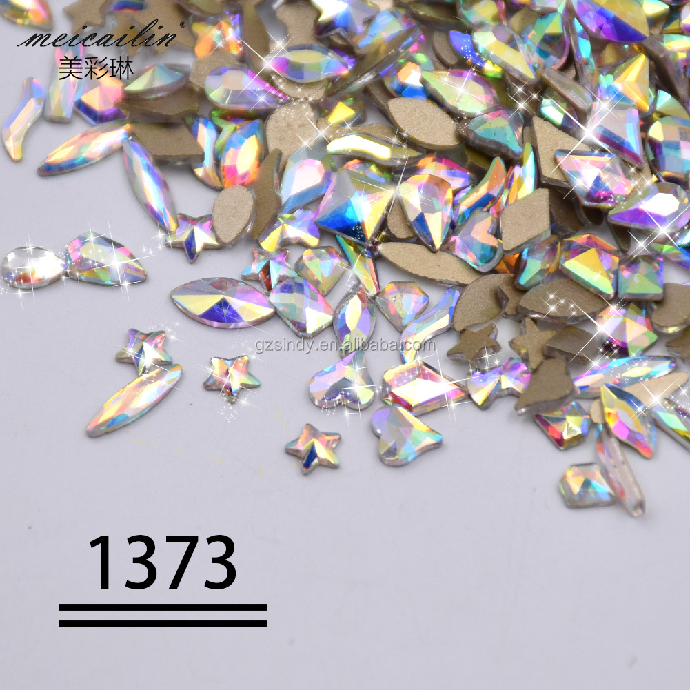 Whole sale shiny 3D luxury flatback different shape crystal for nail art decoration