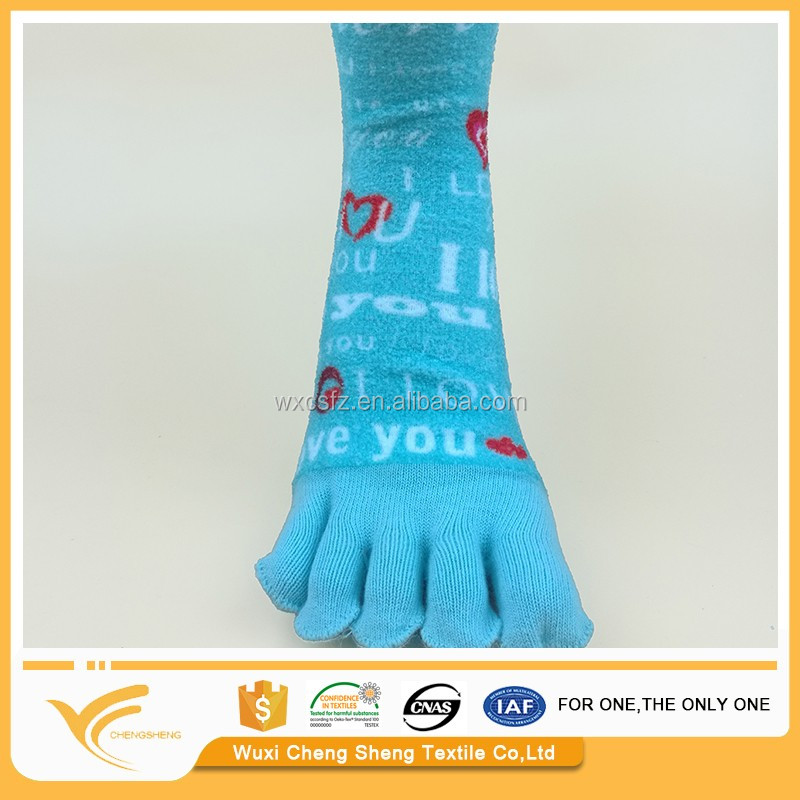 Exporters of Grade A socks five fingers socks five toe socks