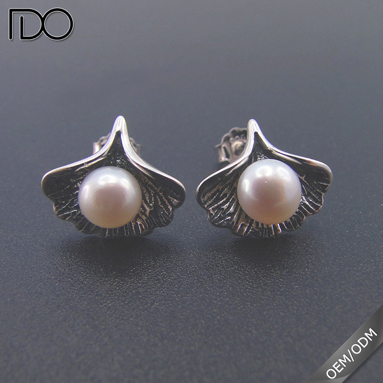 High Quality 925 Sterling Silver 9.5-10mm Natural Freshwater Stud Pearl Earrings For Women Marking Wholesale
