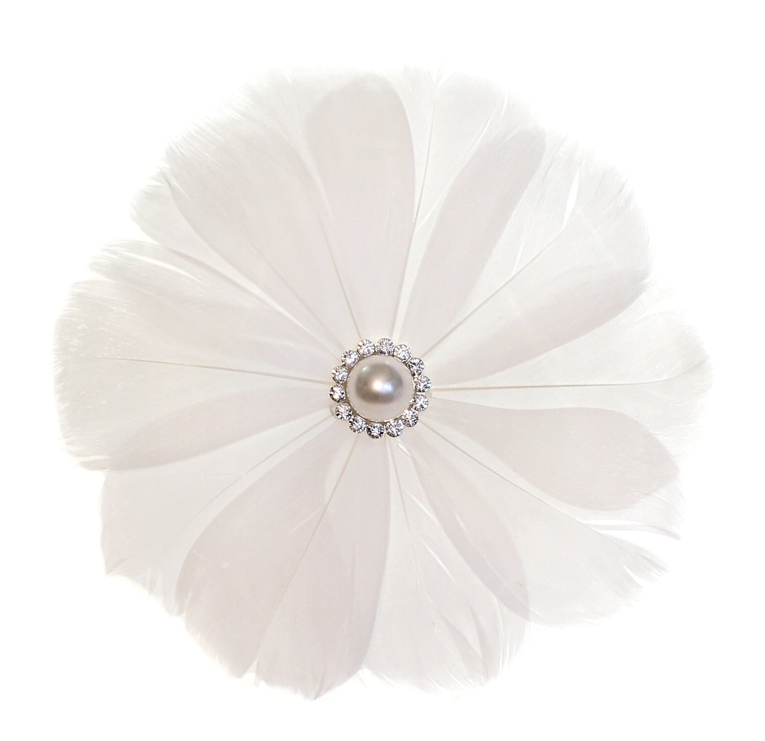 Cheap white flower for hair wedding find white flower for hair get quotations white feather wedding flower with crystals and pearl center bridal wedding hair pin mightylinksfo