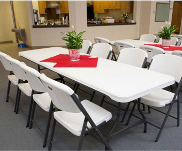 Wholesale High Quality New Design Rectangular Foldable Folding Picnic Table Outdoor White Portable Folding Table