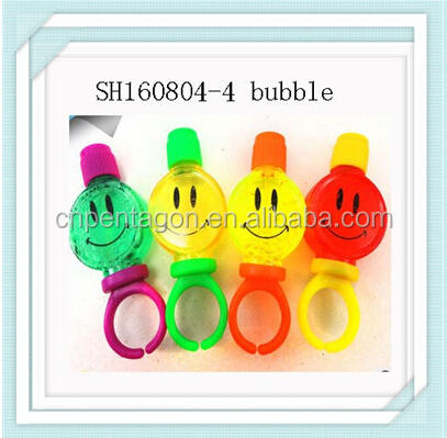 New design emoji shaped bubble gun and machine for children playing promotion