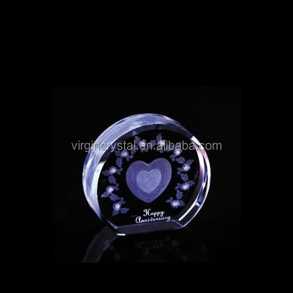 3D Laser Engraved K9 Crystal Round With Inner Love Heart Engrave For Love Gift