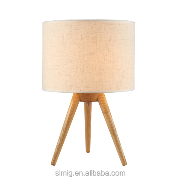 Wooden Tripod Lamp Post Portable Luminaire Cc Led Decorative Tripod Table  Lamp Made In China   Buy Table Lamp,Cc Table Lamp,Decorative Table Lamp  Made In ...