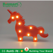 Oem sur Mesure En Forme D'animal En Plastique <span class=keywords><strong>Led</strong></span> Veilleuse Licorne <span class=keywords><strong>Luces</strong></span> Par Decorar