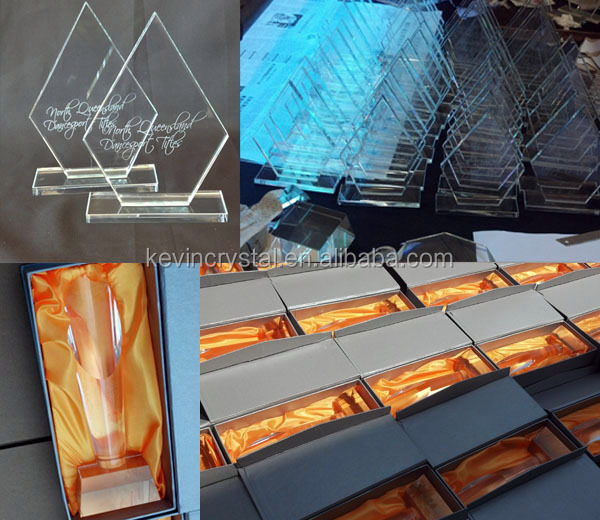 gold crystal award Thumbs up customized color design award engraving event trophy glass
