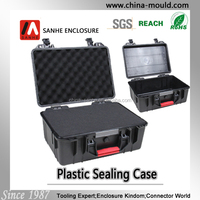 Hard plastic carrying case