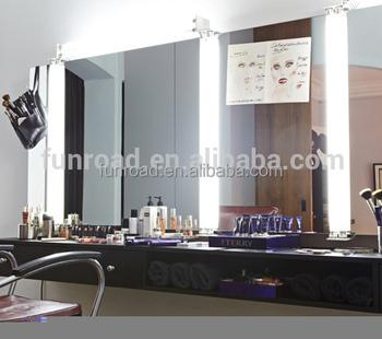 Makeup Studio Interior Design Wooden Makeup Table Cosmetic ...