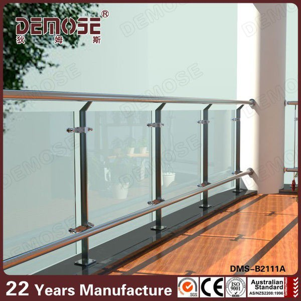 China Supplier Terrace Railing Designs Glass Balcony