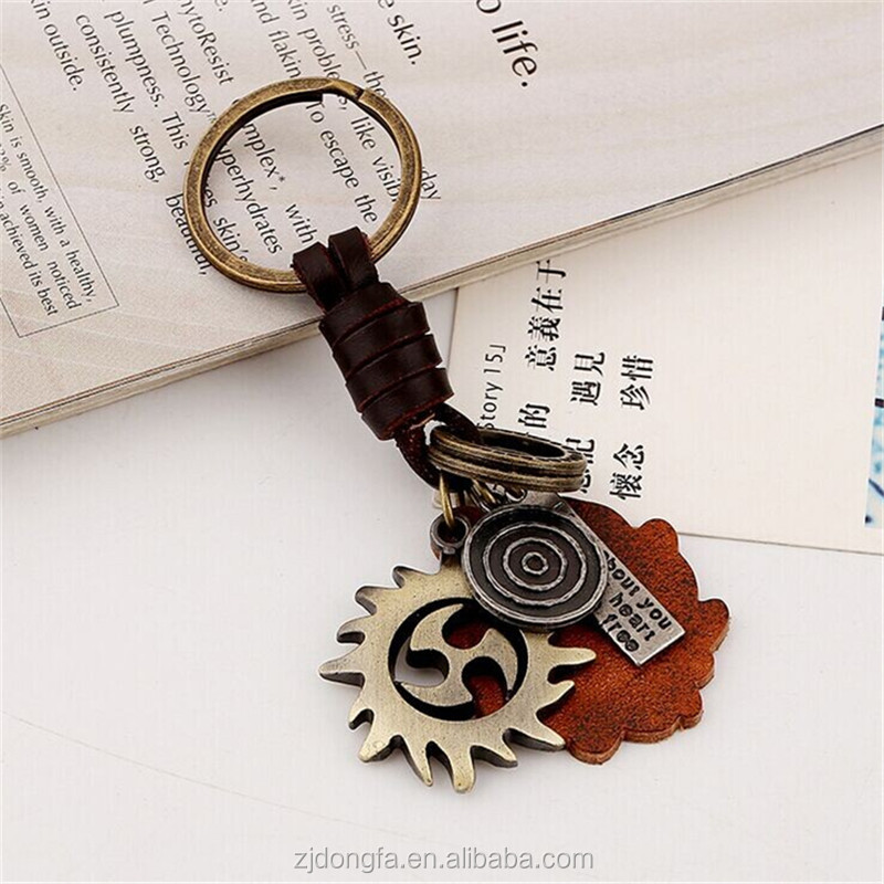 Custom Manual Weaving Retro Punk Wind Fire Wheels Key Chain Ring Holder Genuine Leather Metal Keychain