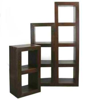 https://sc02.alicdn.com/kf/HTB1ZA.3LXXXXXcIXFXXq6xXFXXXj/Wooden-Cube-Book-Shelf.jpg_350x350.jpg