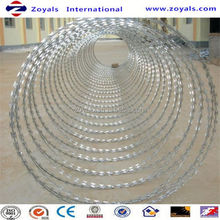 2017 Superior quality:450mm coil diameter concertina razor barbed wire winding/binding/tying machine