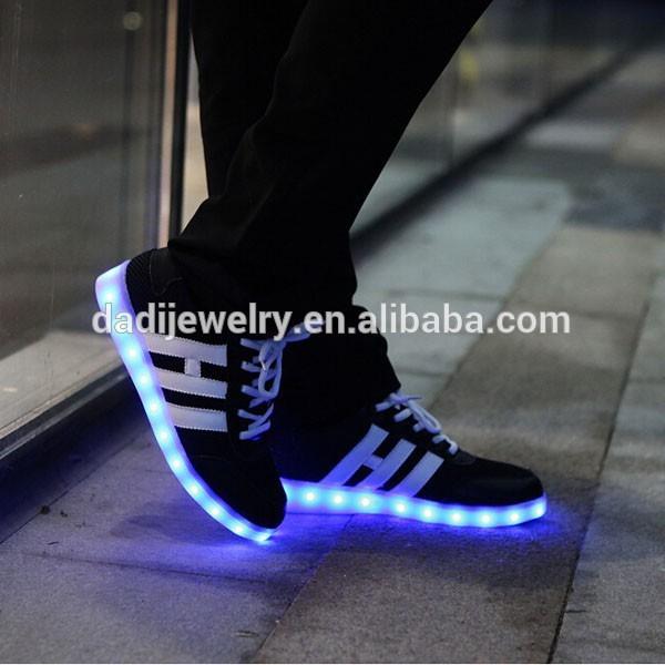 Très 2015 nouvelle Invention été maille respirante chaussures LED feux  JT25