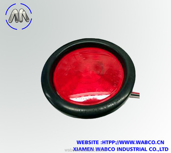 Truck-Lite Super 40 Red 4 inch Stop/Turn/Tail Light