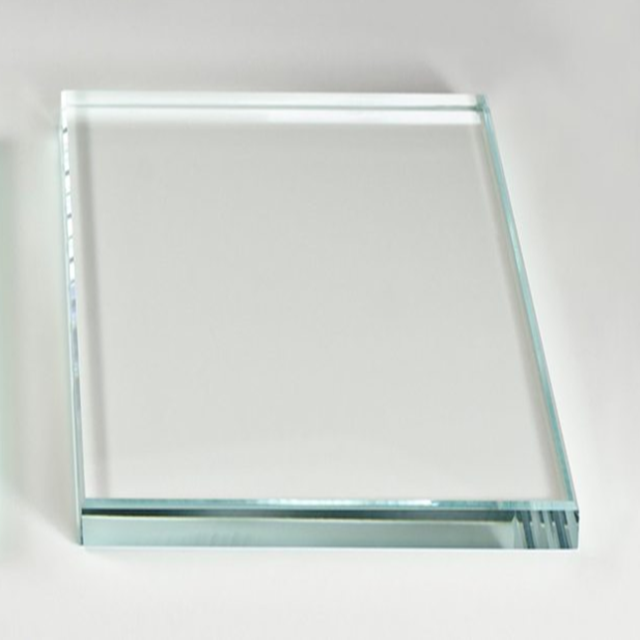 Guangdong supplier with high quality extra ultra clear tempered glass of extra white tempered glass