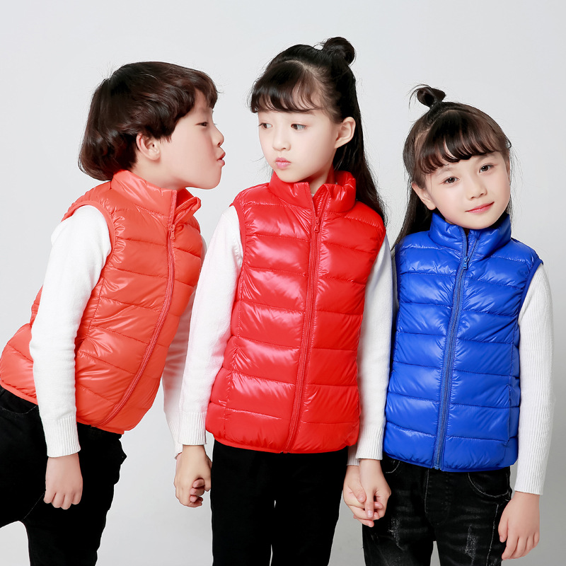 China New Arrival Hot Warm Vivid Color Matt Shiny Inexpensive Western Orange Duck Kids Children Down Vest