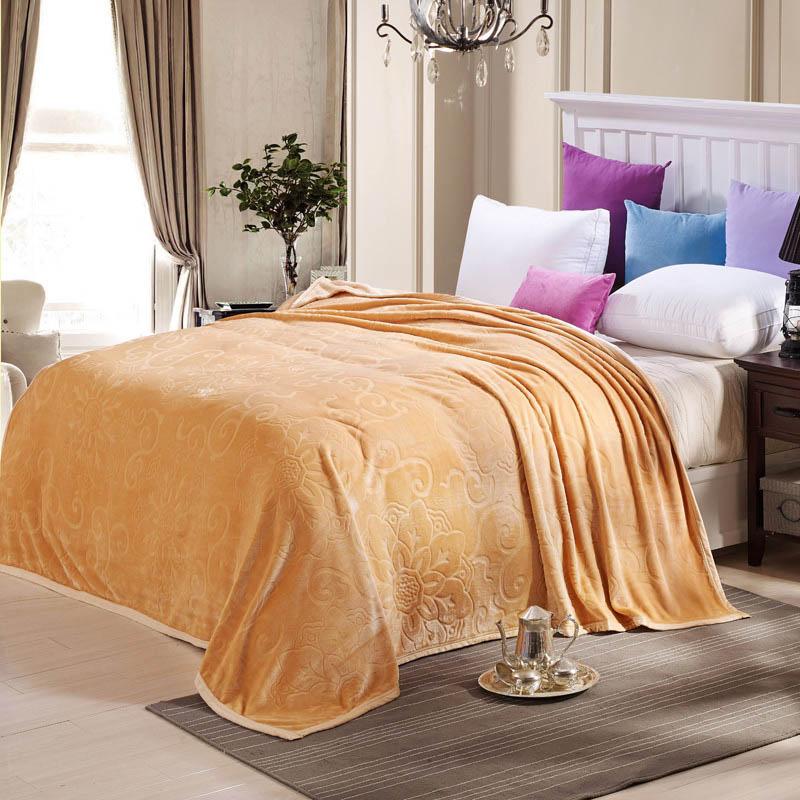 hiver molleton couverture sur la couverture de couette couvre lit couverture pour literie dans. Black Bedroom Furniture Sets. Home Design Ideas