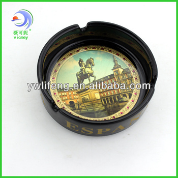 souvenir ceramic cigar ashtray