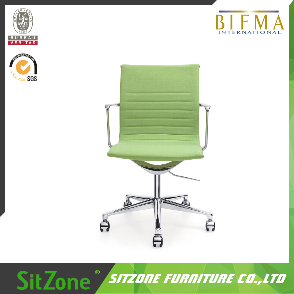 Modern green high quality medium back PU leather elegent ajustable conference room EMES Chair with chrome base CH-152