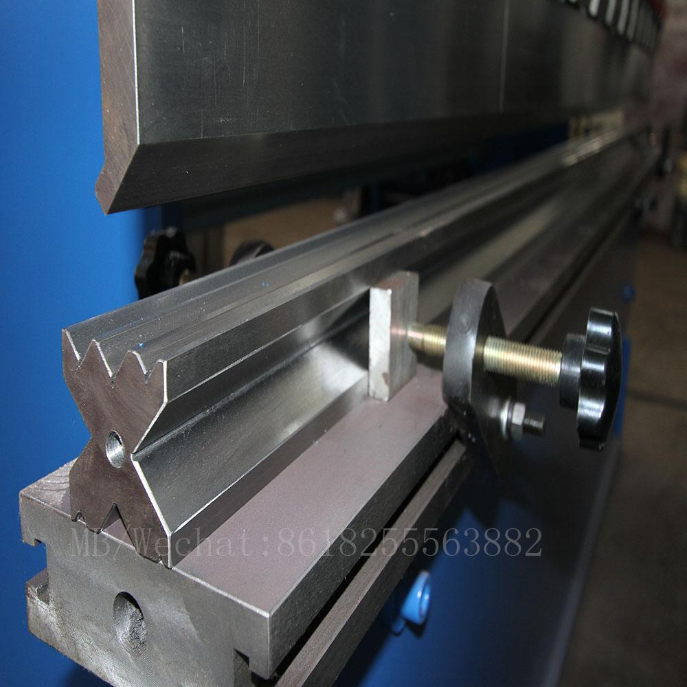 CNC press brake die.jpg