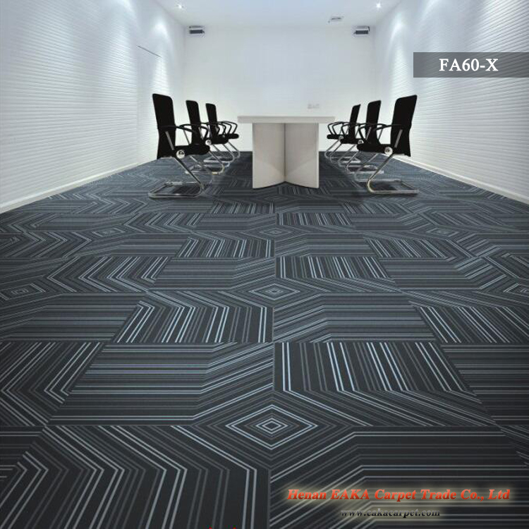 EAKA quality exhibition casino corridor hotel stain resistance fireproof loop pile portable floor tile 500*500 mm office carpet