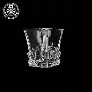 Kristallen Whiskey Glazen.300 Ml Vierkante Basis Graveren Kristallen Scotch Whisky Glas Buy Scotch Whisky Glas Gegraveerd Kristal Glas Whisky Vierkante Base Whiskey Glas