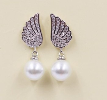 aecac9a3b silver angel wing pearl earrings