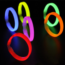 Glow Light Sticks Bracelets 9 Colors Disposable neon stick light bracelet hand ring stick child belt joint