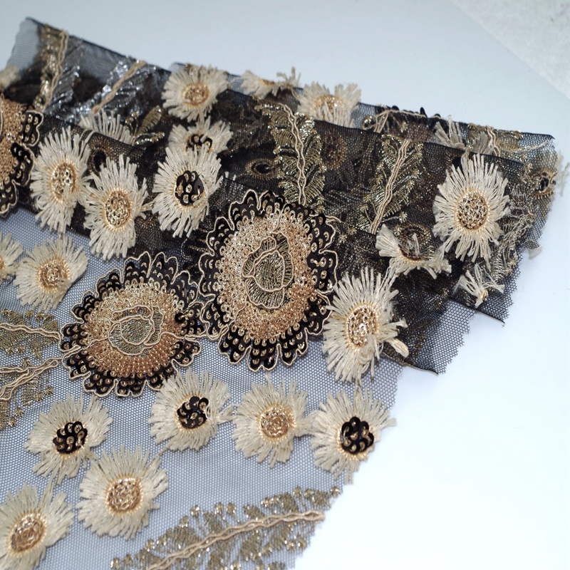 wholesale  high quality 3D flower daisy gold sequins  embroidery  fabric