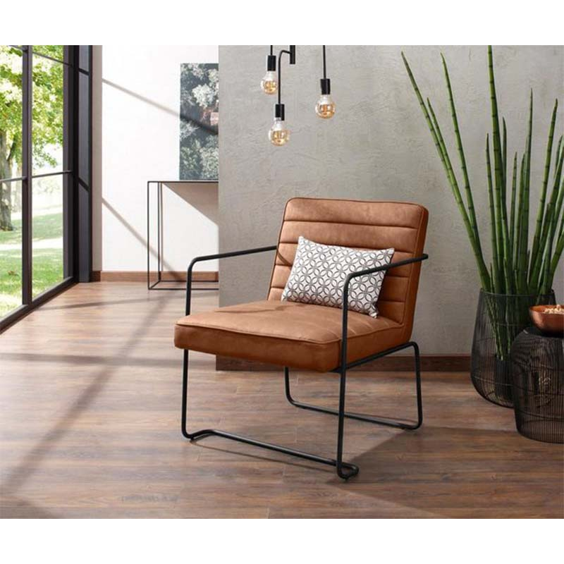 Morden armchair,living chair with metal leg black coating, vintage PU leather chair