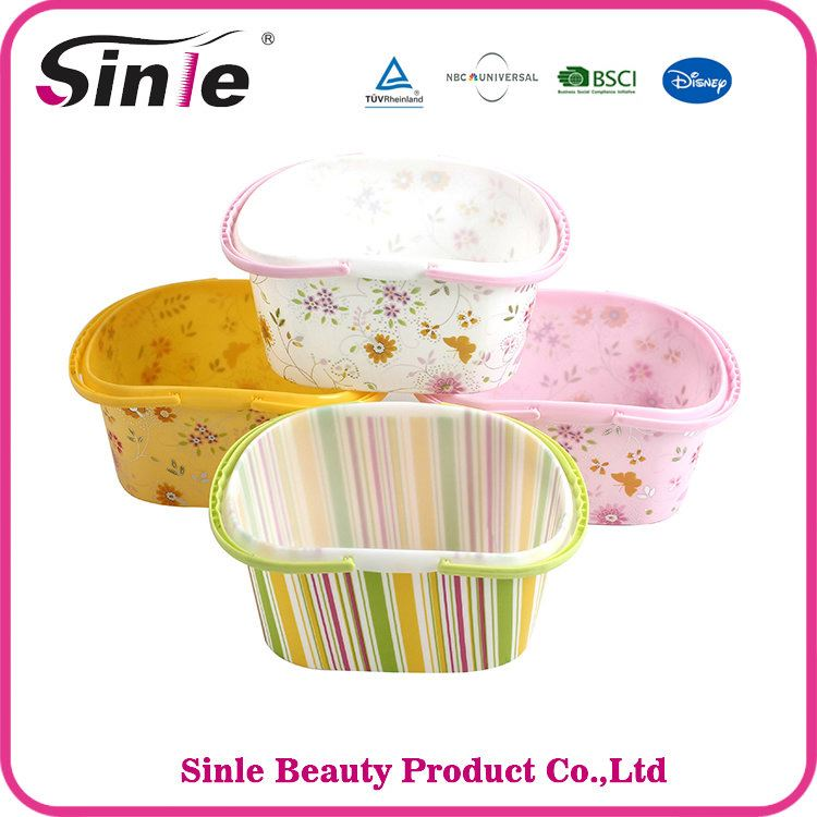Stronger Durable plastic picnic basket with handle