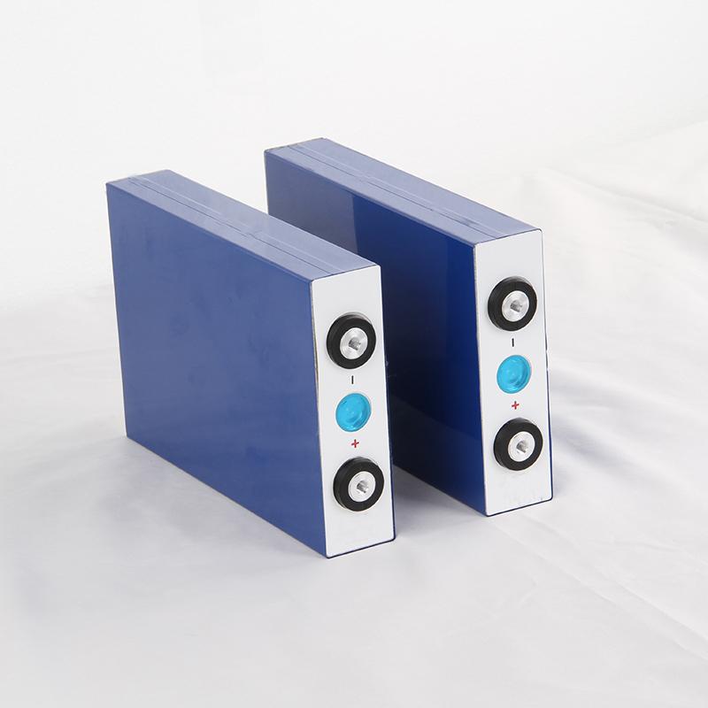 Sel Baterai Prismatis 3.2V Flat 400Ah 300Ah 200Ah 100Ah 80Ah 50Ah LiFePO4 untuk Sistem Off-Grid Energi Surya