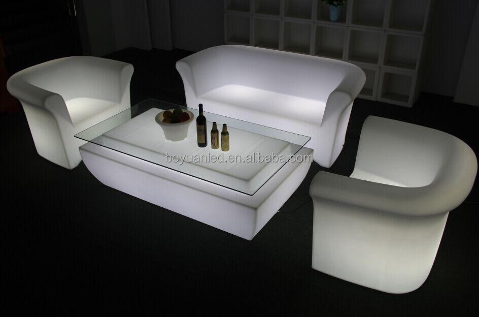 interior e exterior de pl stico moderno levou para o sof