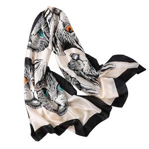 Wholesale 2018 hot sale silk satin women scarf high quality 4 colors luxury personalized cat print animal silk scarf wrap shawl