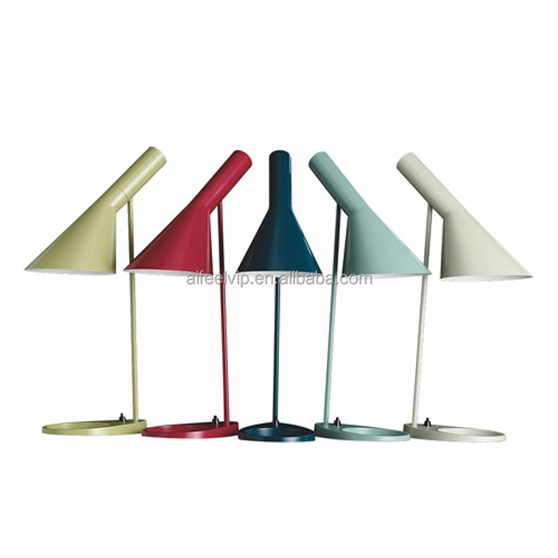 New design modern multicolor linear iron stand table/floor lamp with base switch for office or hotels